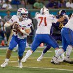 Big plays ignite Patriots past Purple Knights