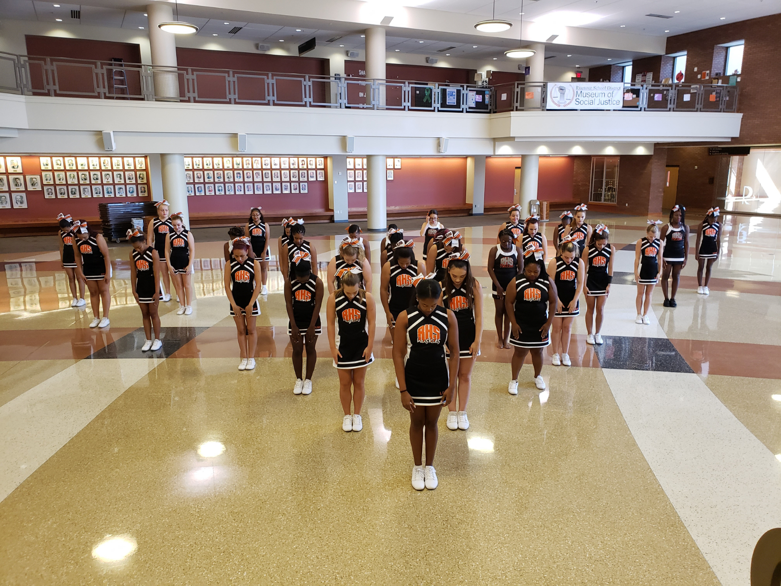 Insta – Cheer Bringing the SPIRIT!