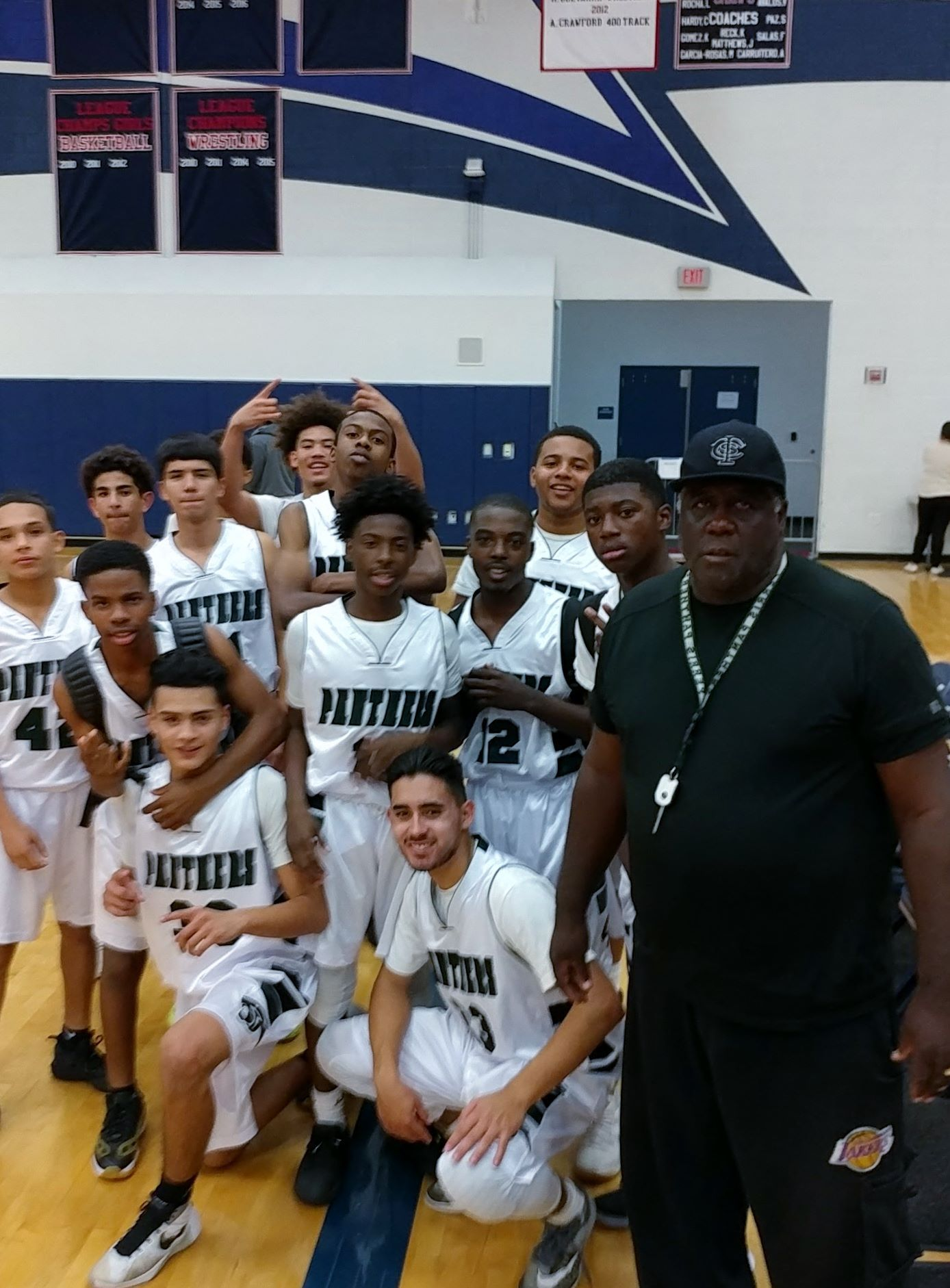 Perris Panther Boys Basketball Team Beat San Jacinto High School