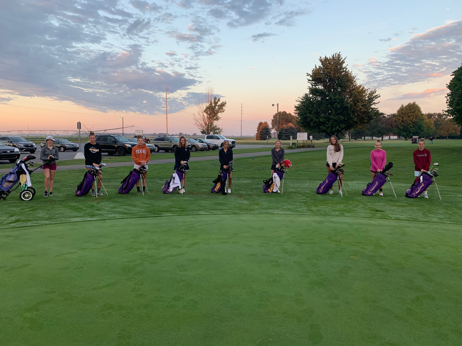 Girls Golf Posts a 208 in Last Regular Season Match