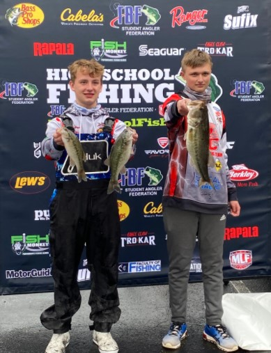 Bass Fishing Duo have Solid Day at Rainy Lake Cumberland