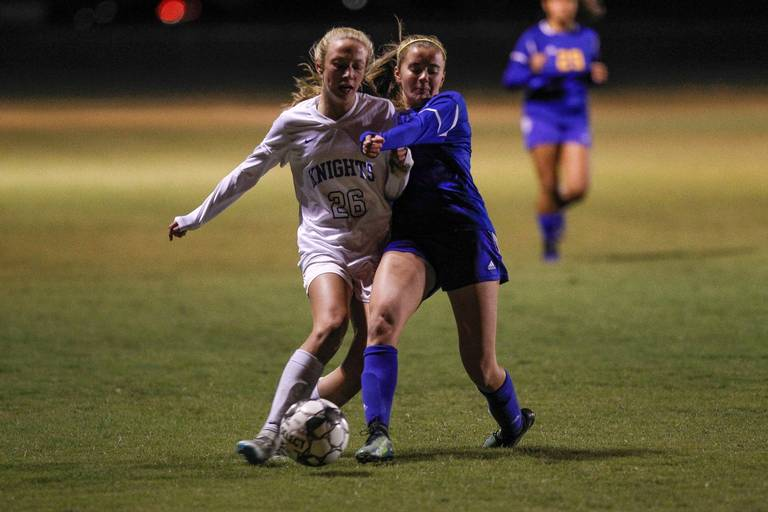 Girls Soccer beats No. 2 Lex Cath to Advance to Region Final
