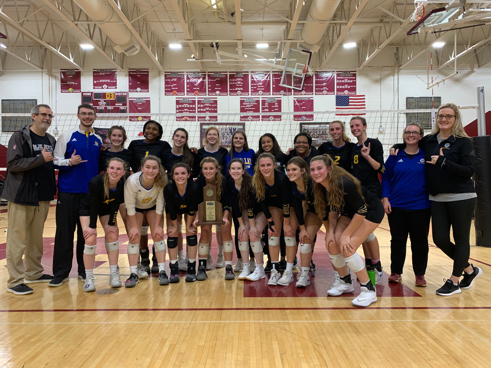 10 Blue Devils Named to All-City Volleyball Team