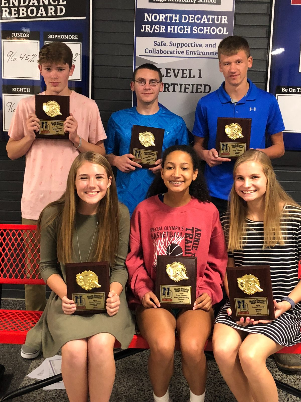 Varsity Cross Country Honors Runners