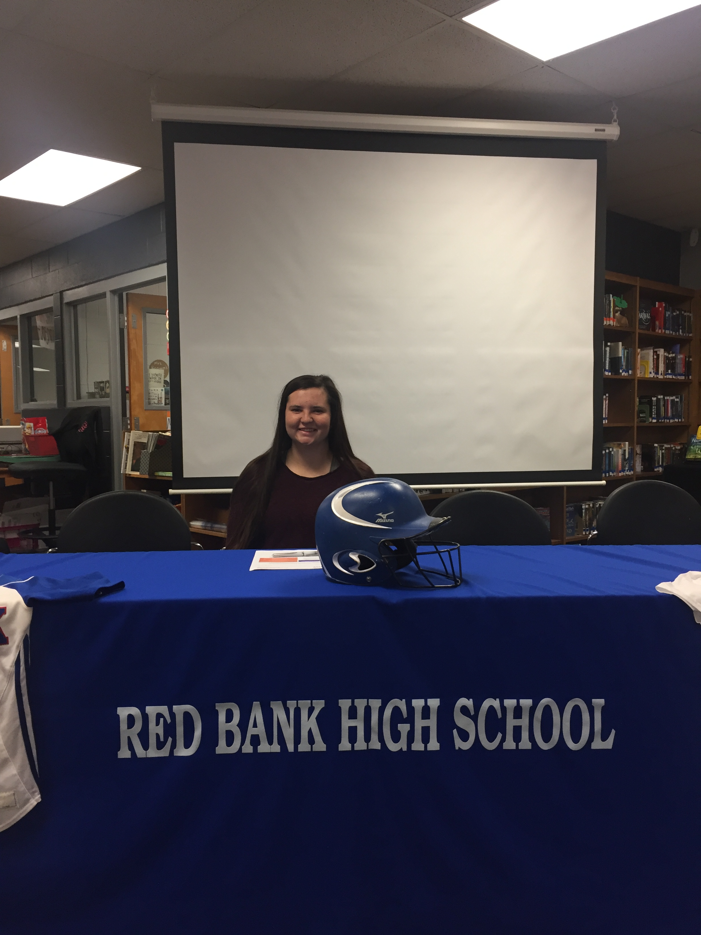Kelsey Peden signs with Missouri Valley College