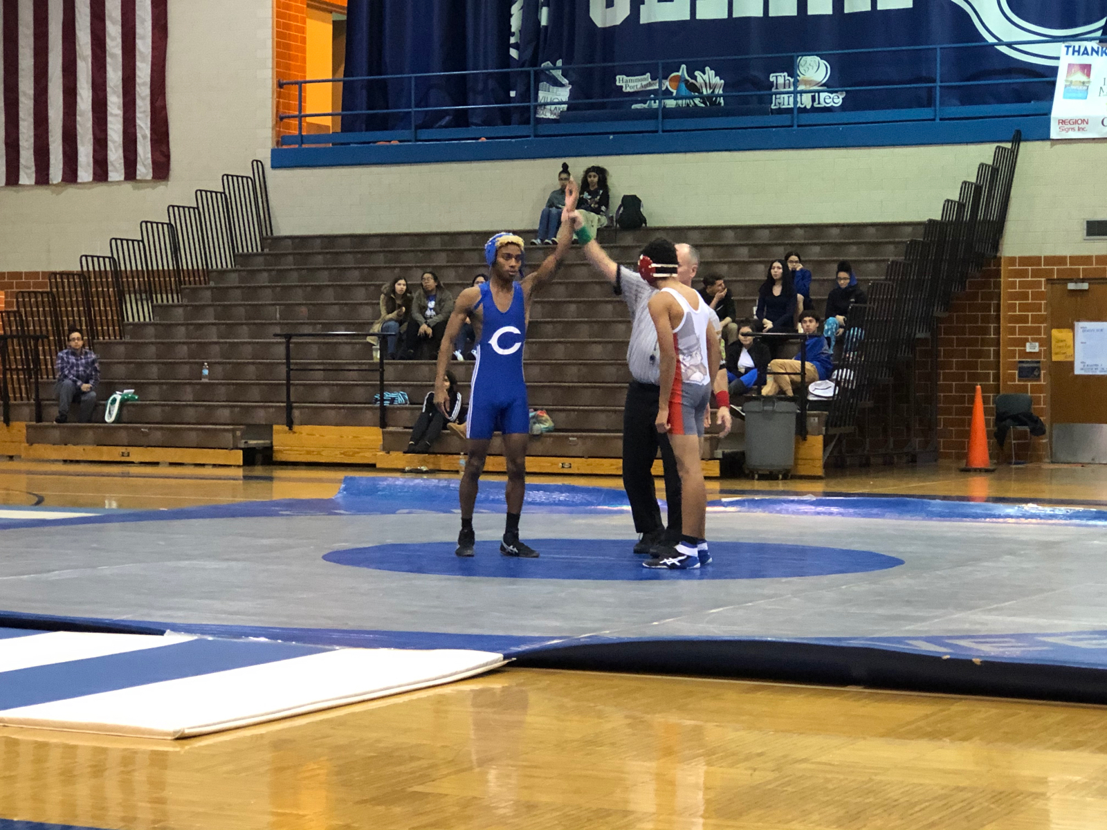 Pioneer Wrestling defeats the Morton Governors 41-27