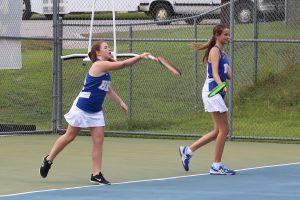 090518 Girls Tennis vs Summerville