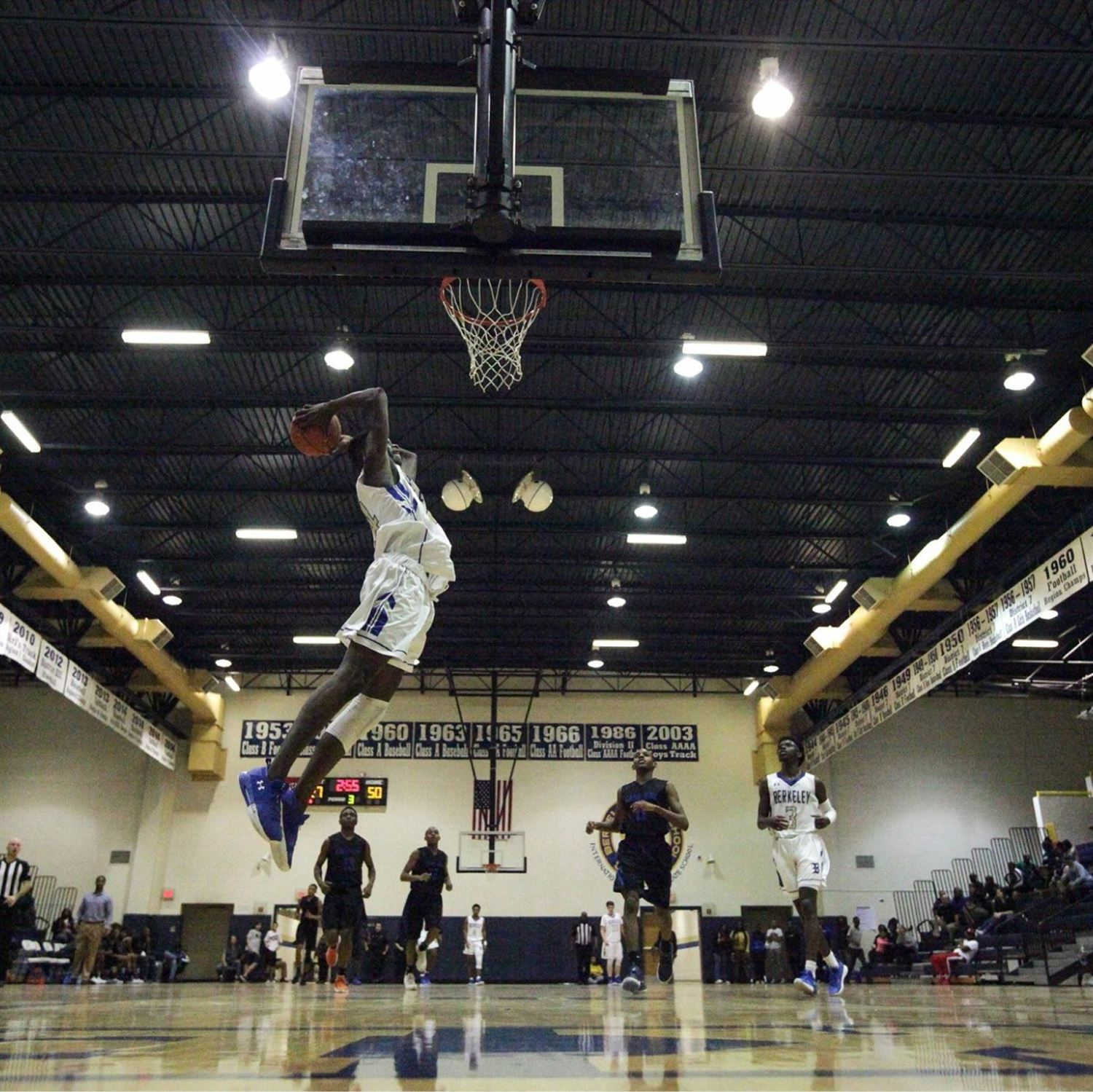 Sign up for Berkeley Boys Basketball Tryouts