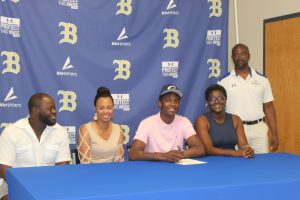 Stags Hoops Signings