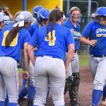 Curry Homers Way to Regional