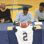 Tray Murray Signs with Reinhardt