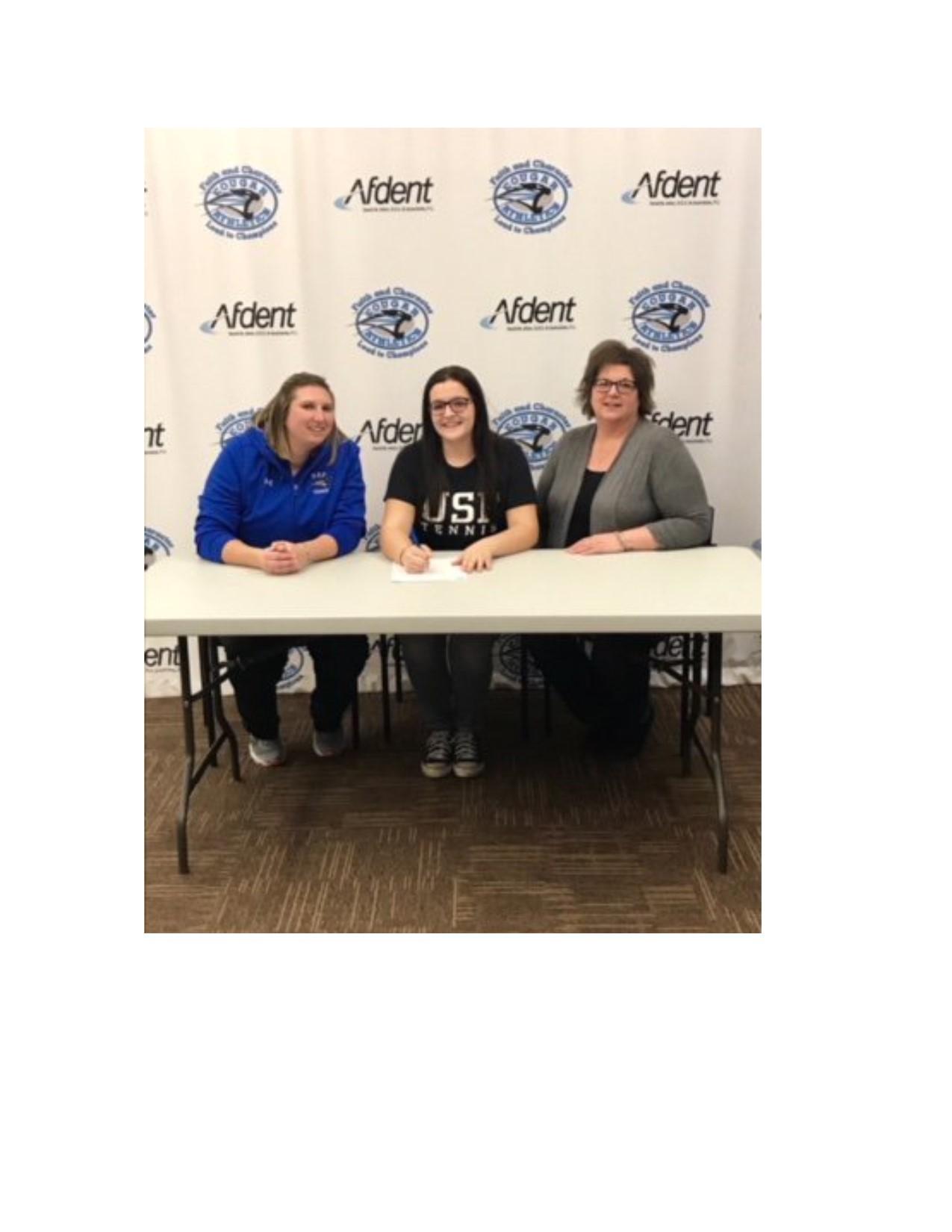 Sarah Liter College Signing