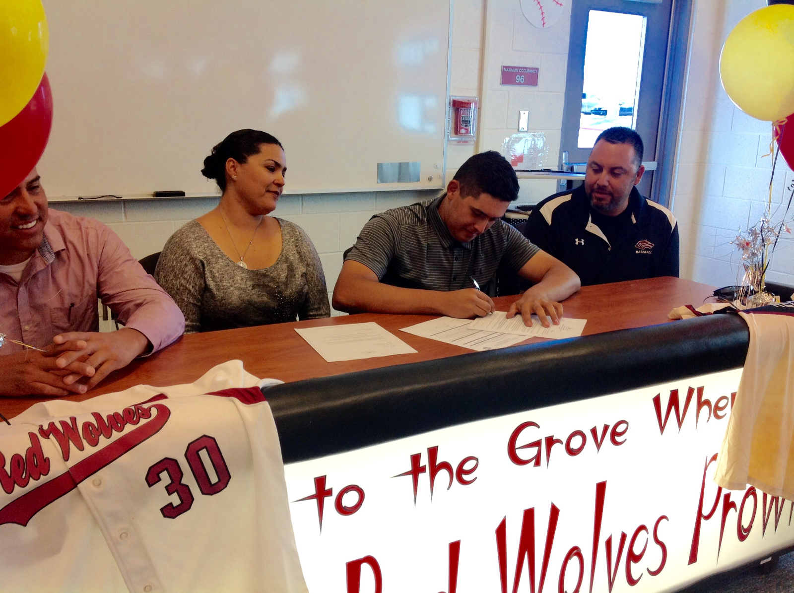 Navarro headed to Arizona Western!