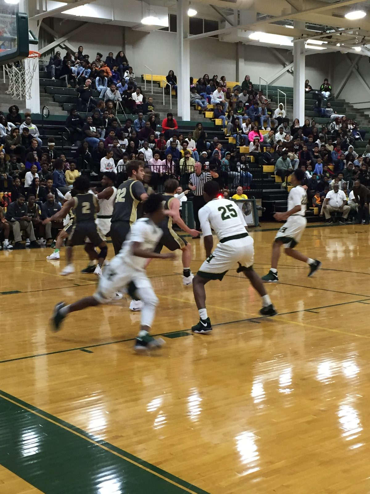Warrior Basketball Will Be Traveling For Holiday Tournaments