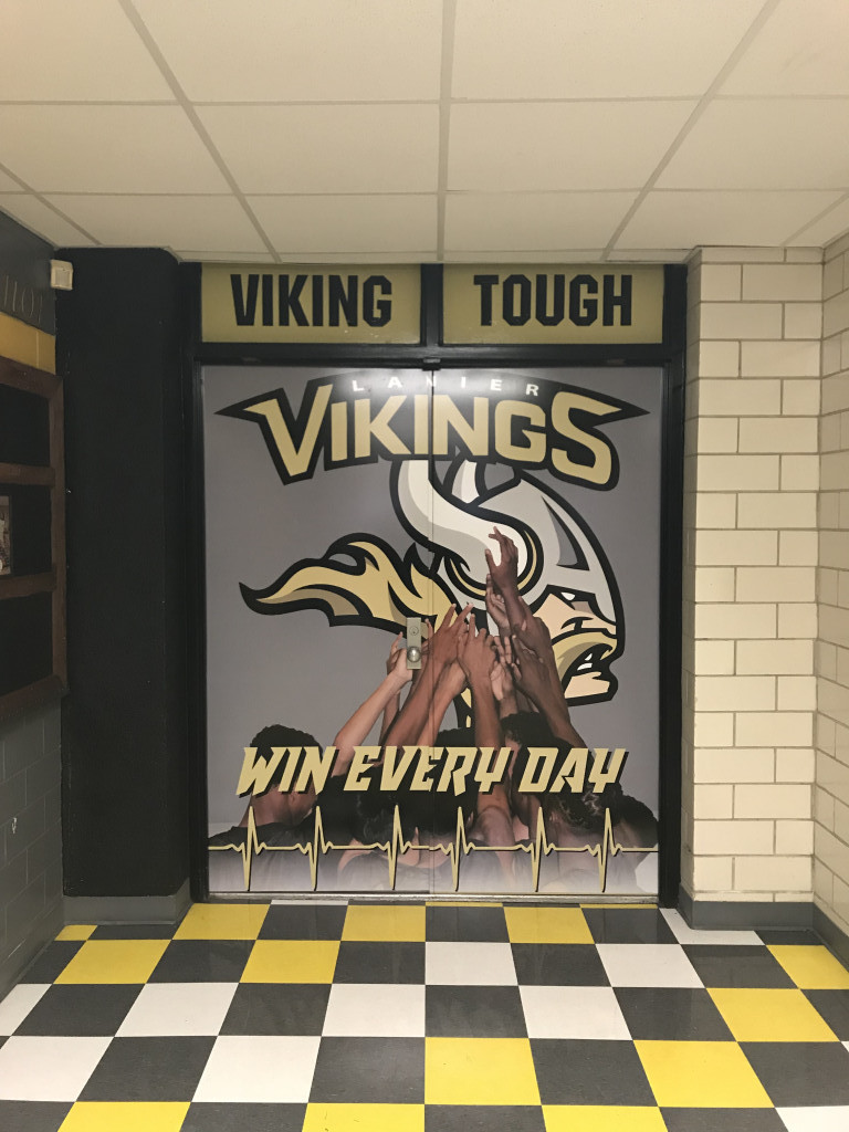 Viking Basketball Continues To Roll – 71-60 Over Del Valle