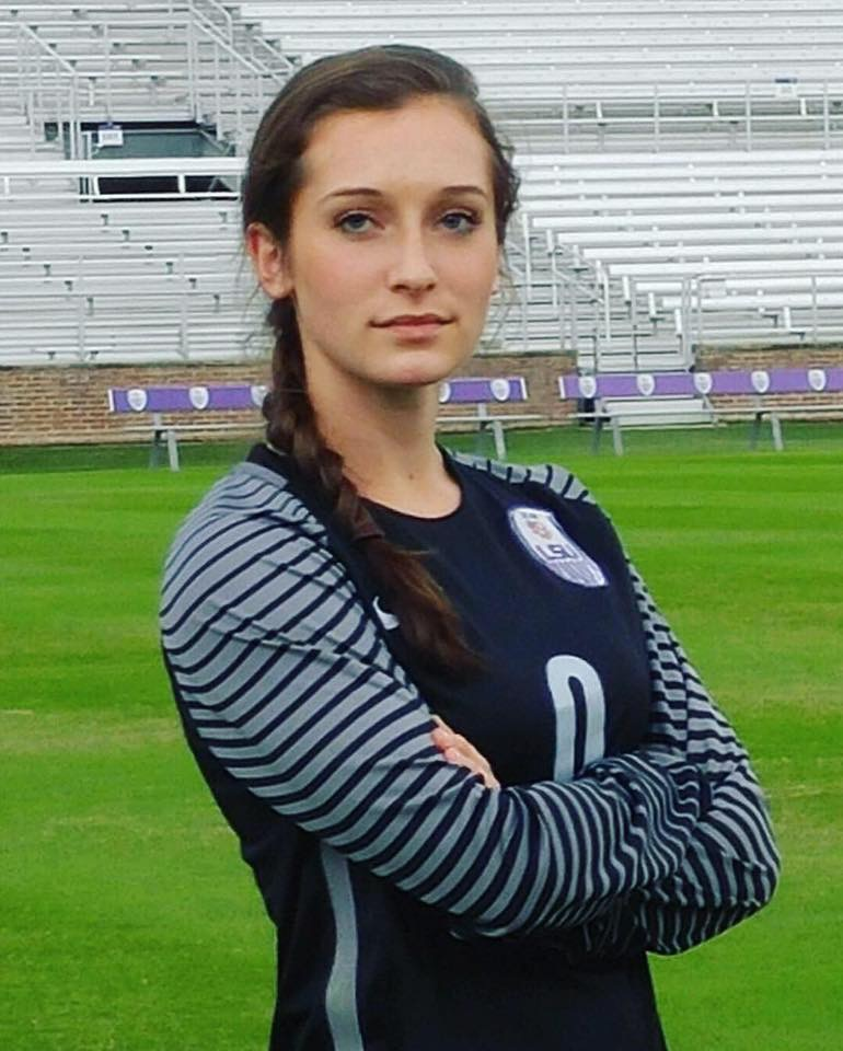 Grace McClellan Signs Soccer Scholarship with LSU