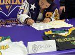 Nataya Hicks Signs with Glen Oaks