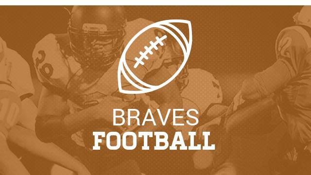 Varsity Football Defeats Oakridge At Homecoming Game