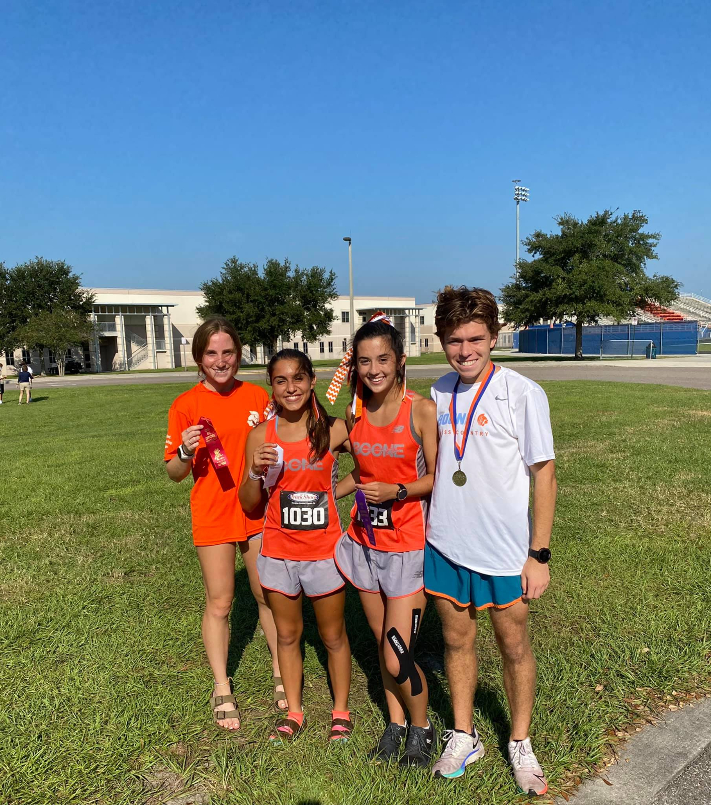 Cross Country Metro Results: Both Teams Take 3rd Overall