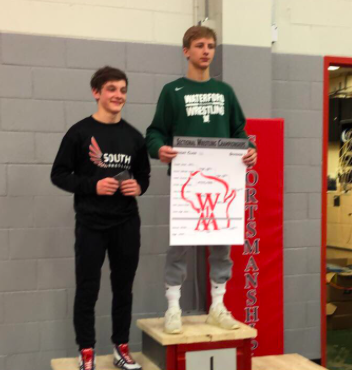 Joey Rozanski Heads to State for D1 Wrestling