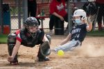 Softball Team Extends Winning Streak to Four