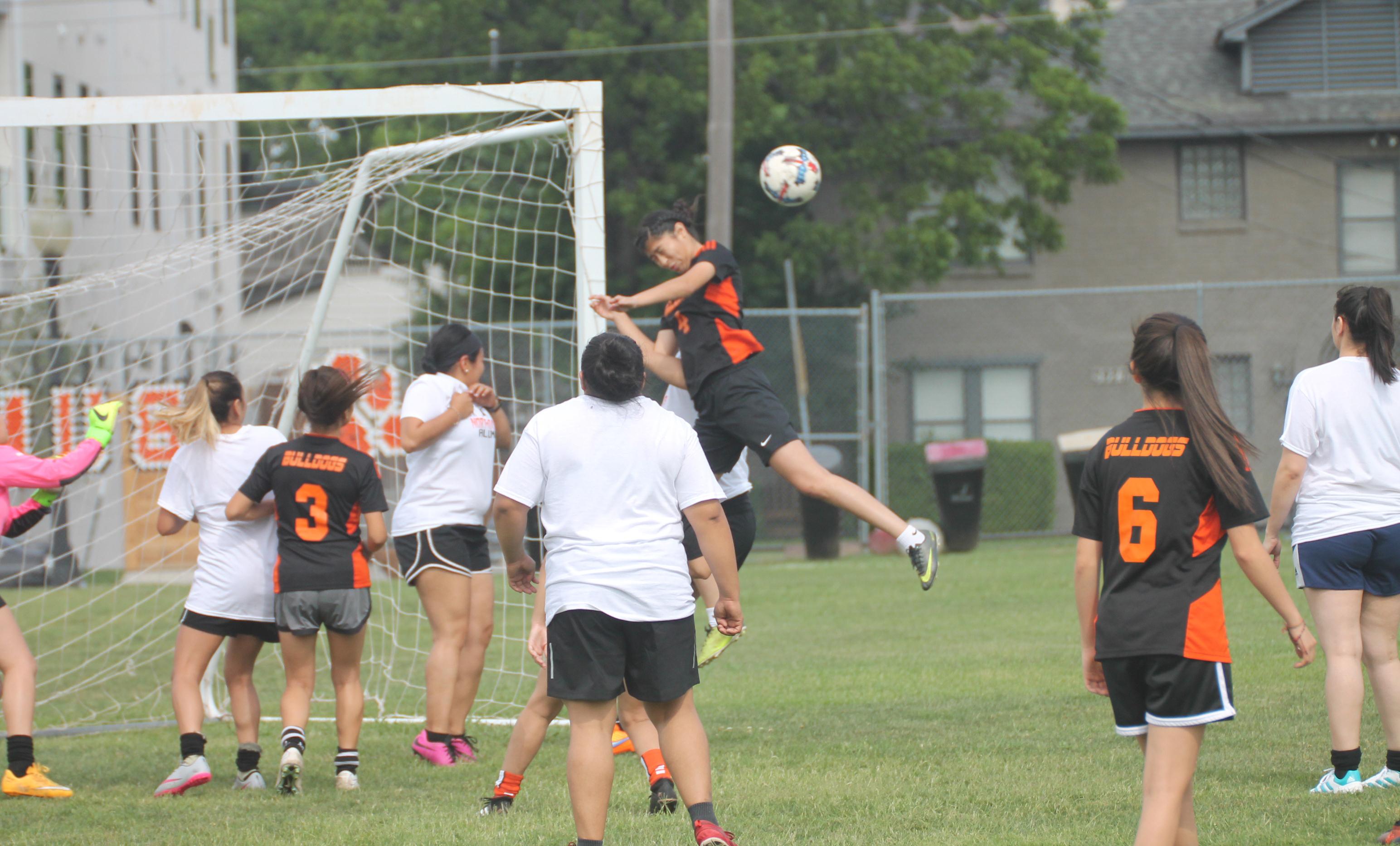 North Dallas wins in alumni vs. varsity girls soccer game