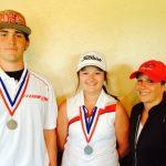 Golfers Advance to Regionals