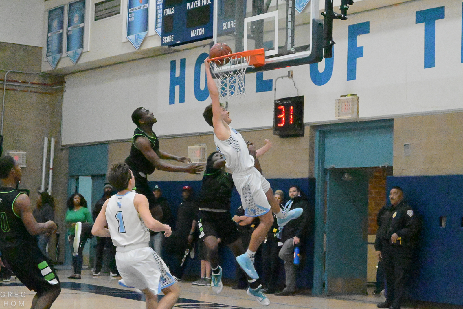 Boys Basketball slams into Second round of CIF playoffs