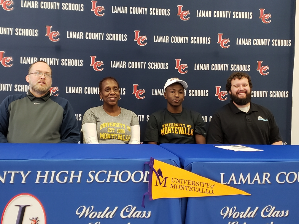 Andrew Bryant signs with the University of Montevallo.