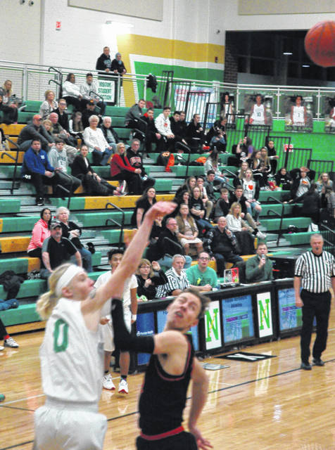Walker's buzzer shot sinks Beavercreek