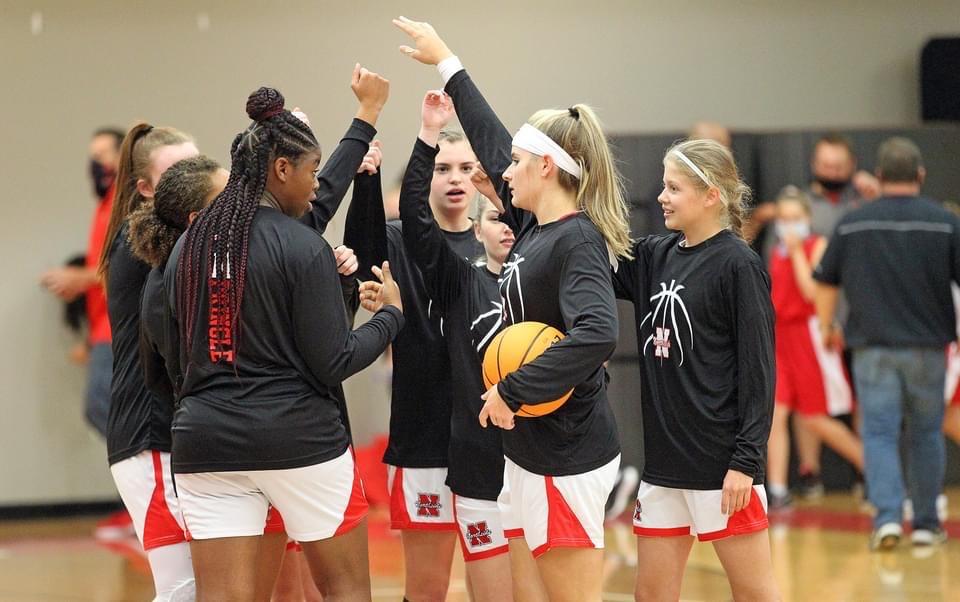 Varsity Girls Basketball Team Off To A Great Start