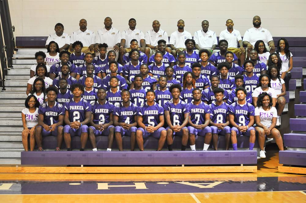 2017 – 2018 Varsity Football and Cheerleaders