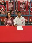 Jaylen Castillo signs to run at Indiana University