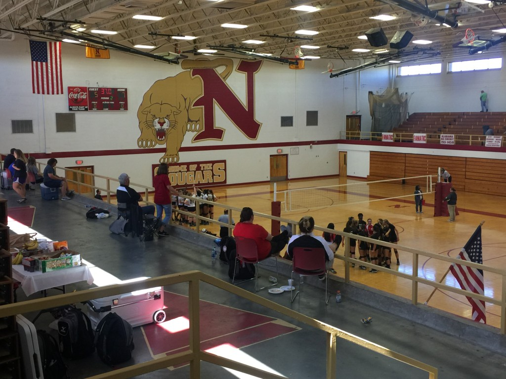 Cougar Volleyball Hosts 10-Team Tournament