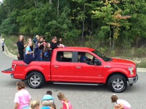 Homecoming Parade 2016 – Skyline Volleyball