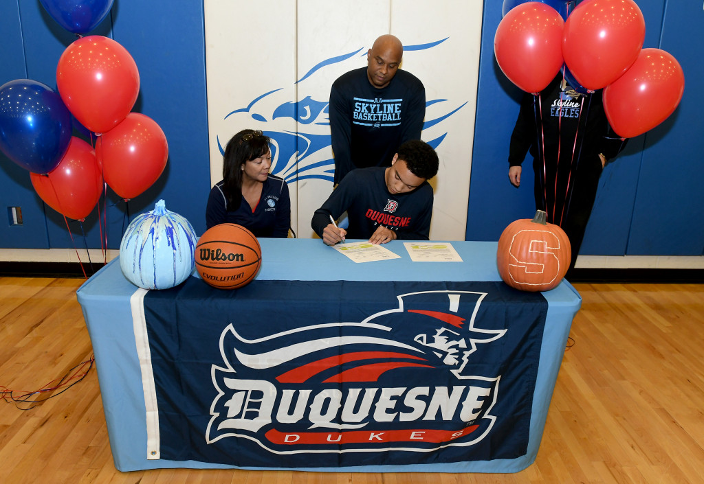 Another Eagle Signs his NLI