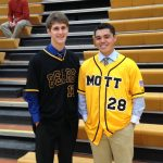McAree and Heminger sign with Mott
