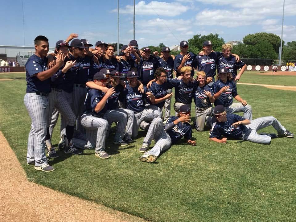 Rebel Baseball Finishes Season as Area Champs!