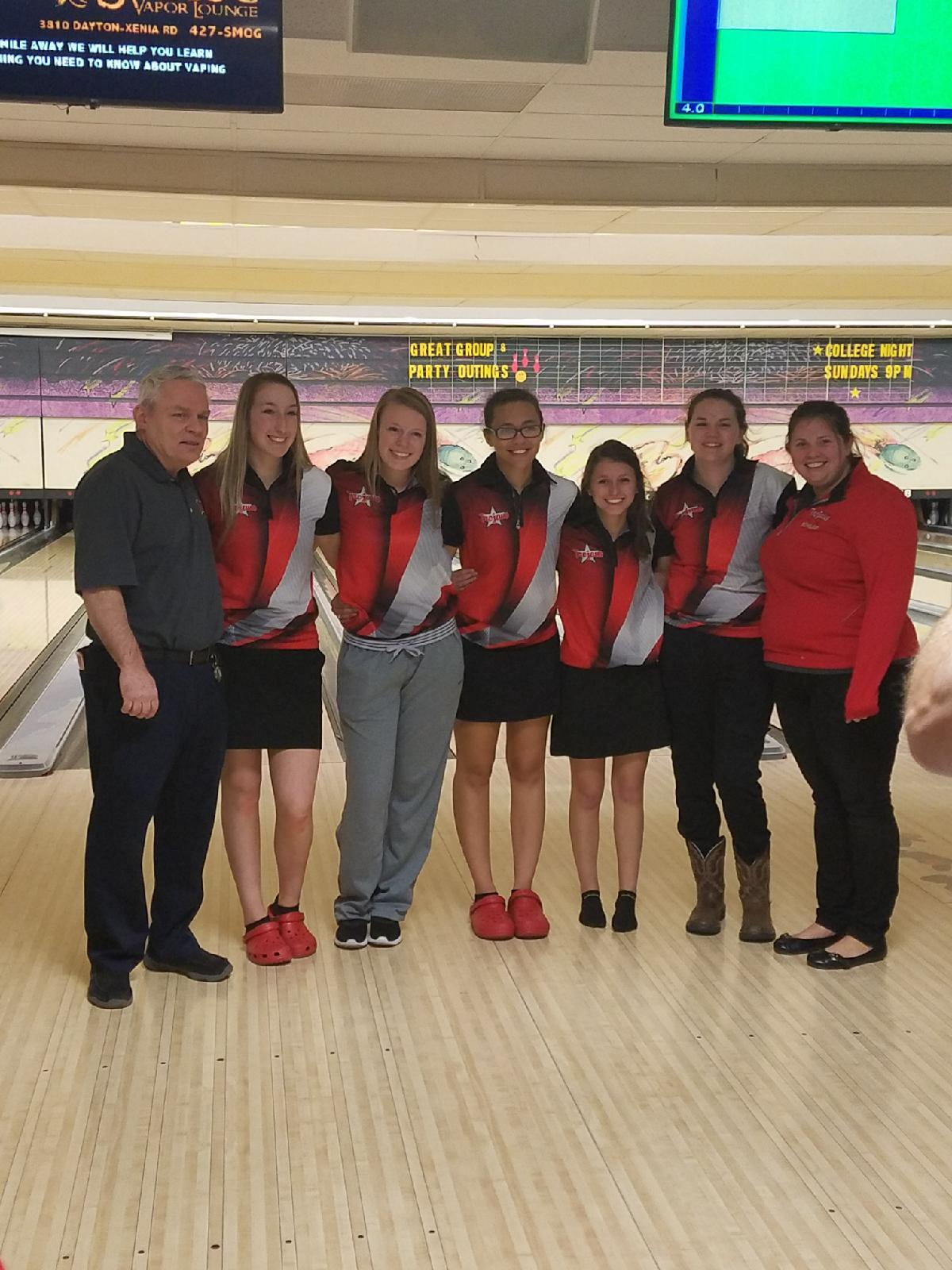 Varsity Girls Bowling Win GWOC Pre-Season Tournament