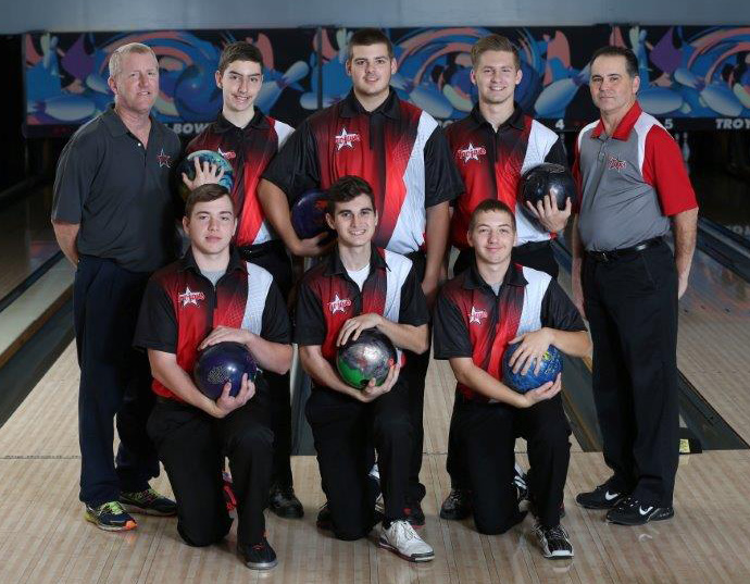 Boys Bowling 4th at Sectional Tournament