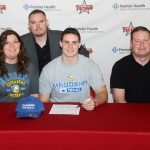 Zach Collette Signs with Madonna University
