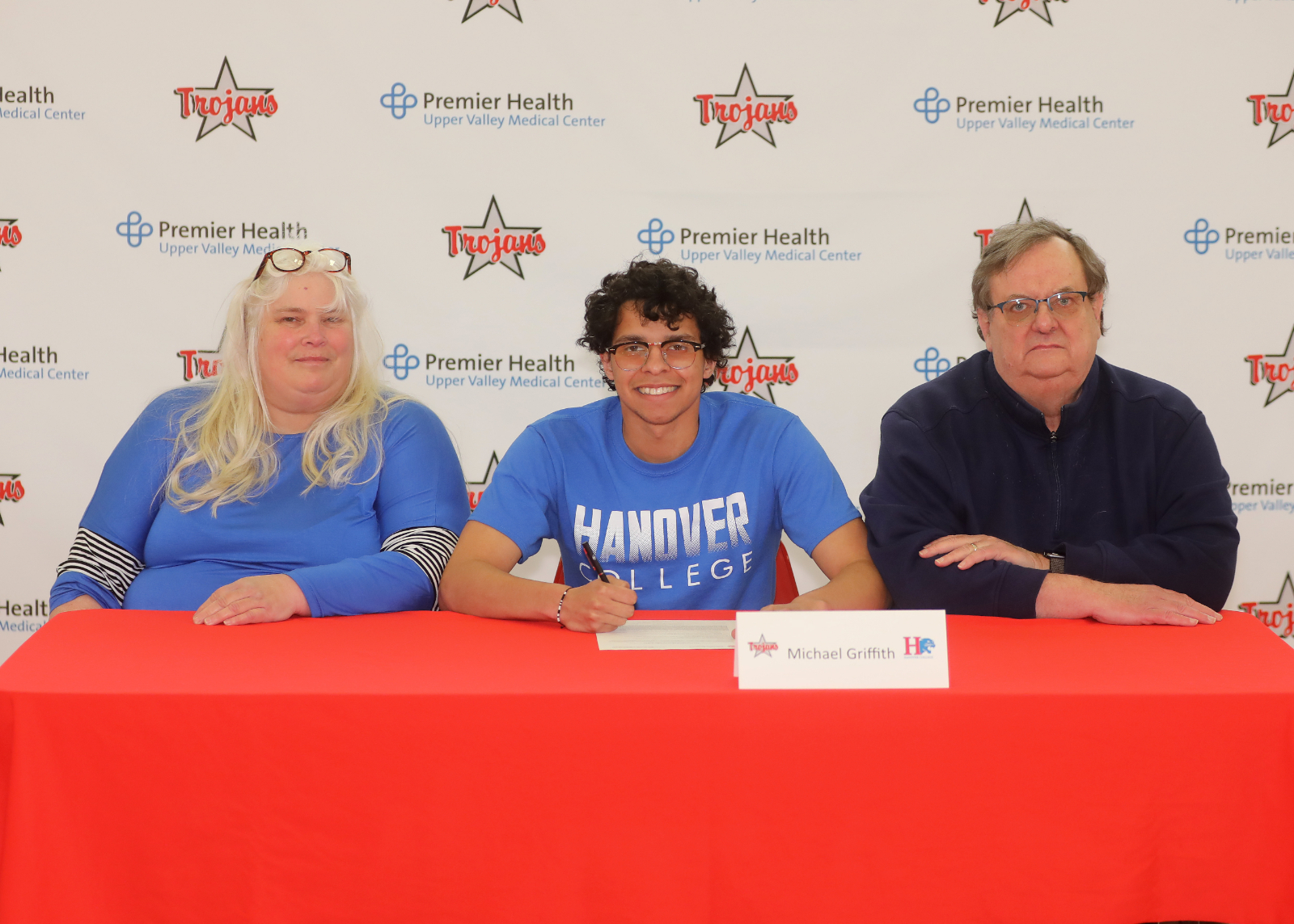 Michael Griffith Signs with Hanover College