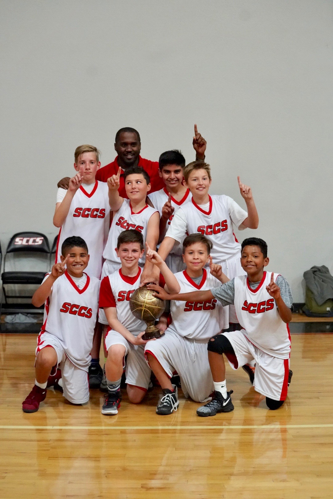 Elementary Boys Basketball Win the Championship