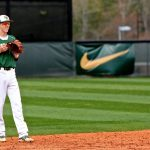 Gators Fall in Extra Innings to Wren