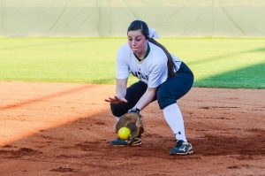 Softball vs Dutch Fork – More on GoFlashWin.com