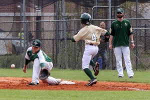 B-Team Baseball vs Dutch Fork – More on GoFlashWin.com