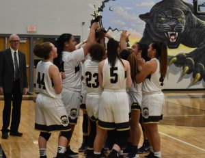 Bears Bring Home Ray-Pec Tournament Title