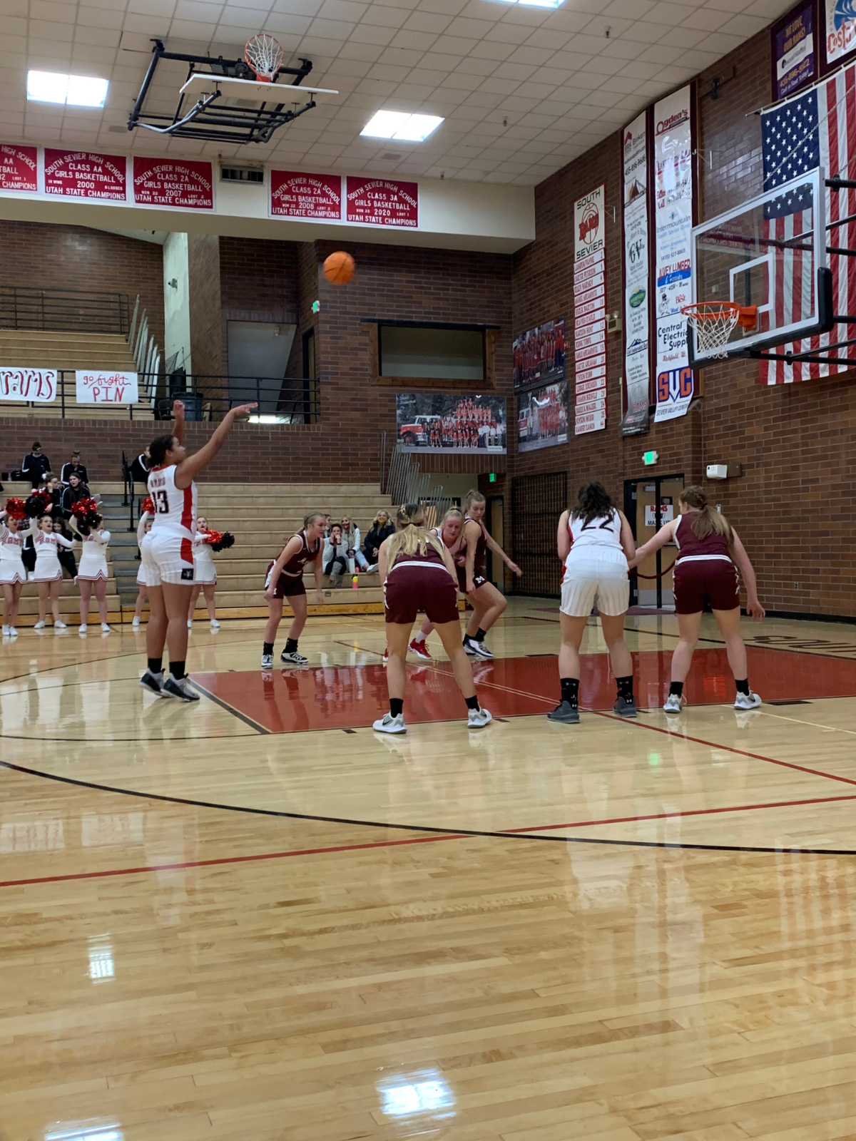 South Sevier v Morgan  Presley Chappell at the line