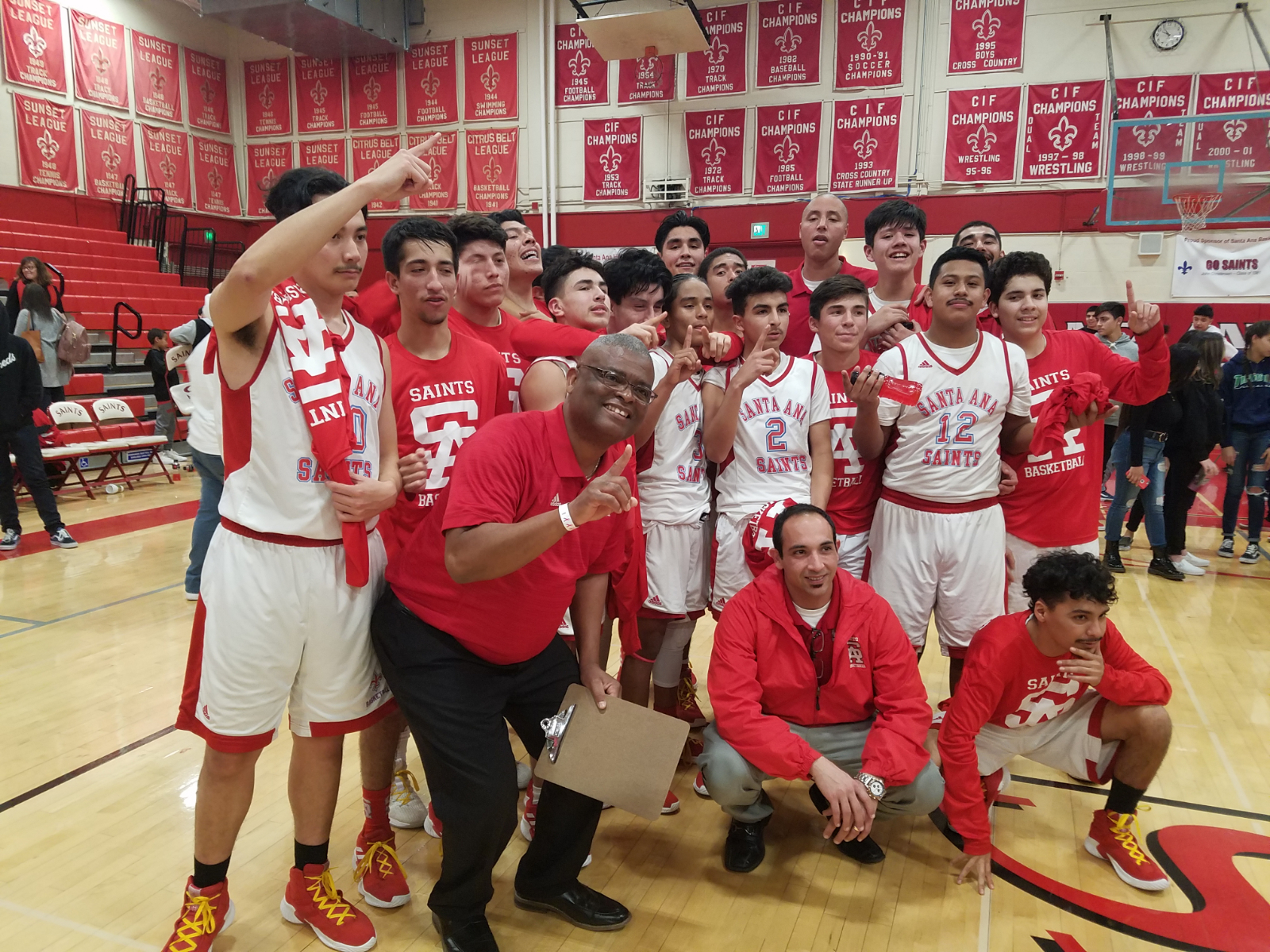 Boys basketball moves on to 2nd round with win over Tarbut 'V Torah
