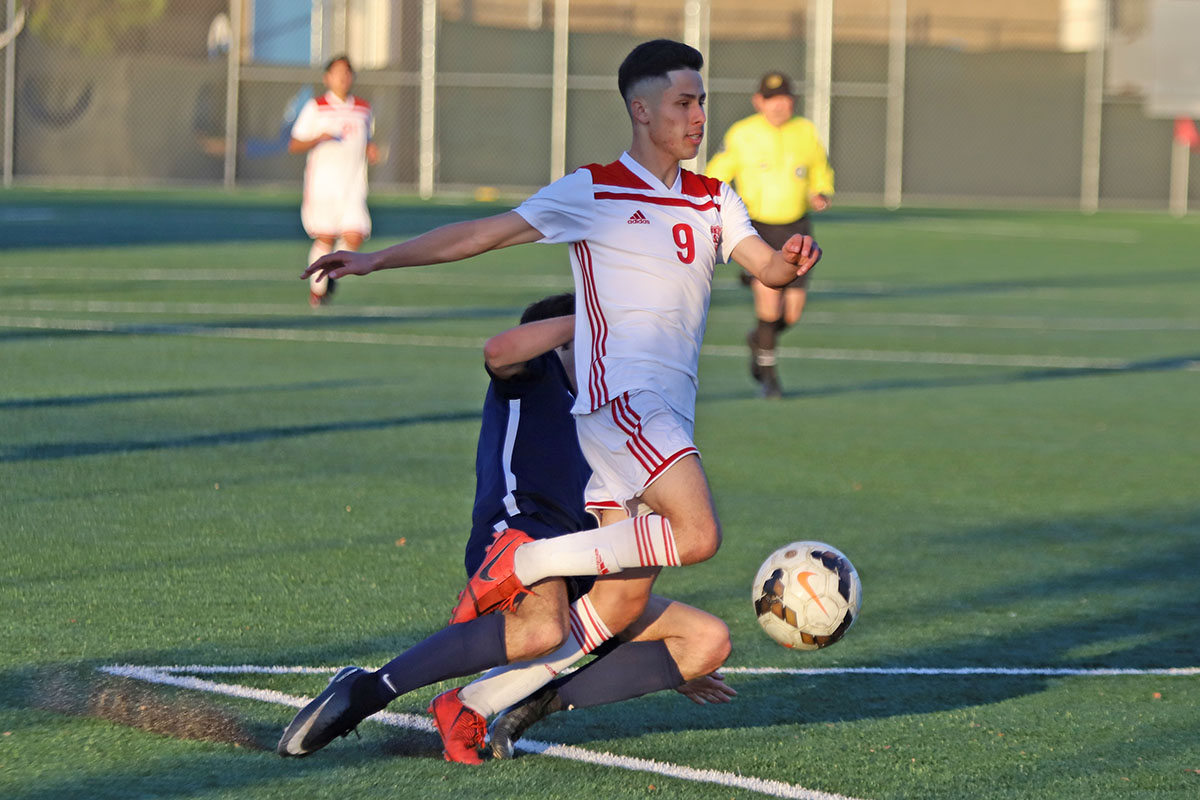 Saul Ortuno Hat Trick Leads to Win #299 for Coach Penaflor